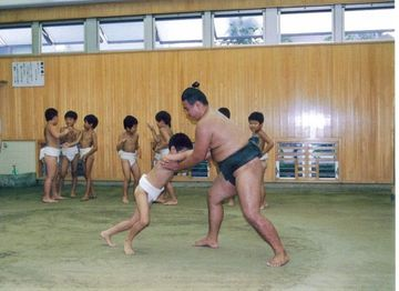 Little_smo_wrestlers2